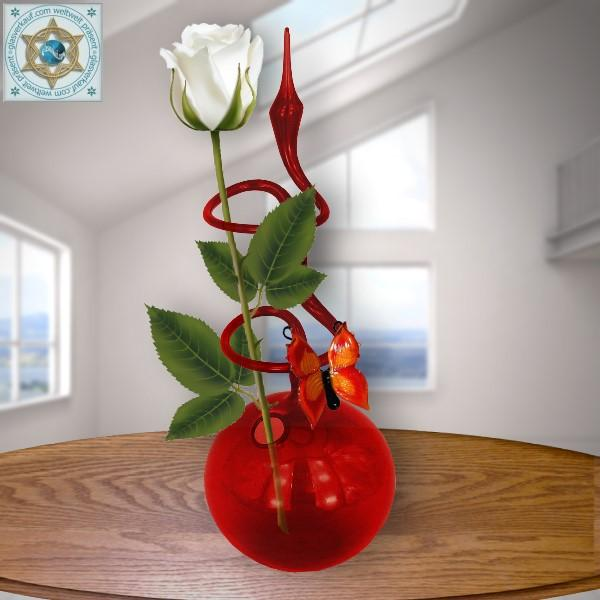 Rose vase from Lauscha color glass with butterlfy